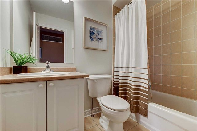 Townhouse at 3093 Highvalley Rd, Oakville, Ontario. Image 8