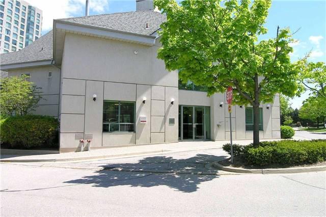 Condo Townhouse at 2199 Burnhamthorpe Rd W, Unit 61, Mississauga, Ontario. Image 13