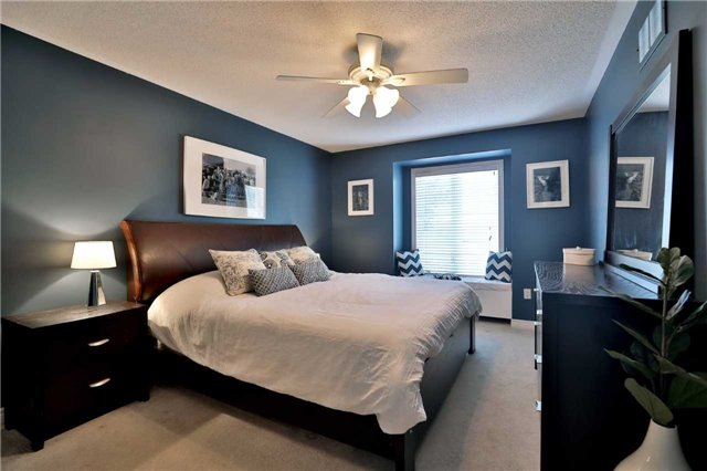 Townhouse at 1494 Gulledge Tr, Oakville, Ontario. Image 17