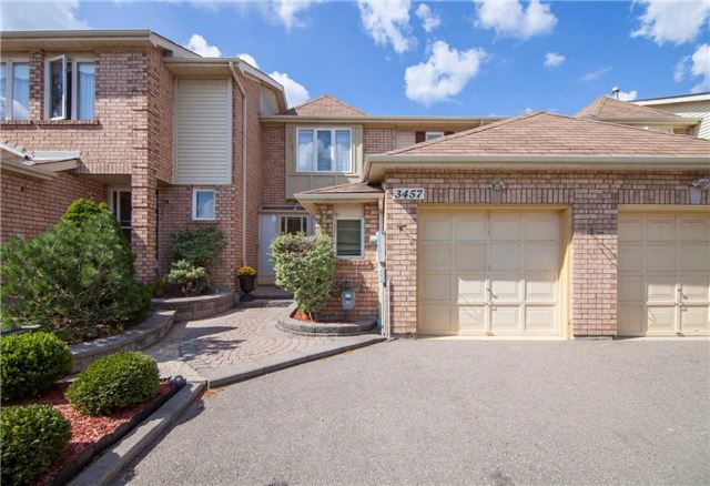 Townhouse at 3457 Fenwick Cres, Mississauga, Ontario. Image 1