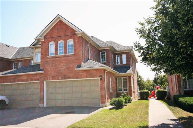 Condo Townhouse at 2665 Thomas St, Unit 49, Mississauga, Ontario. Image 1