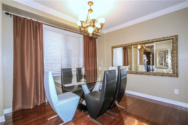 Detached at 2131 Fiddlers Way, Oakville, Ontario. Image 19