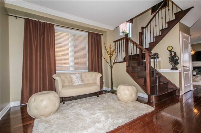 Detached at 2131 Fiddlers Way, Oakville, Ontario. Image 20