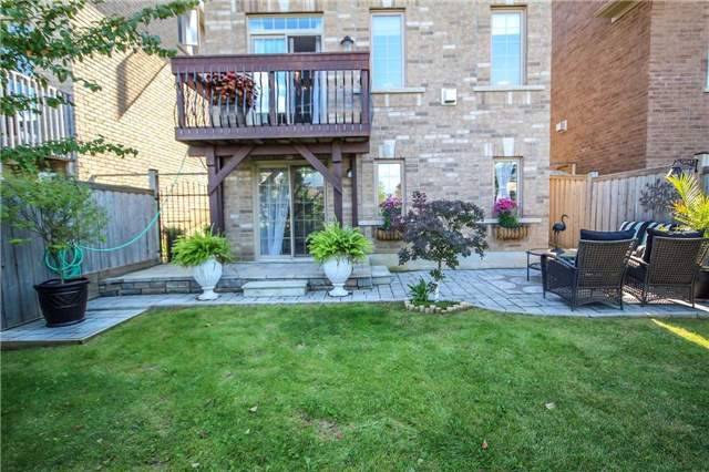 Detached at 2131 Fiddlers Way, Oakville, Ontario. Image 11