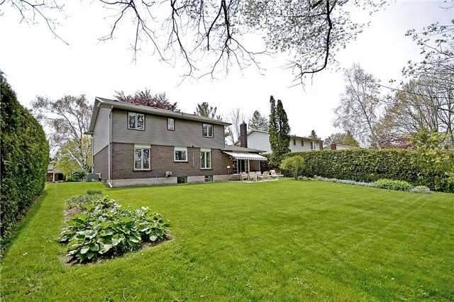 Detached at 2161 Devon Rd, Oakville, Ontario. Image 10