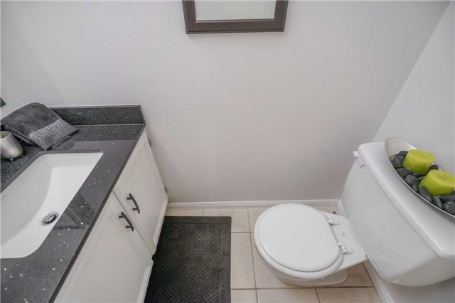 Condo Townhouse at 3360 Council Ring Rd, Unit 30, Mississauga, Ontario. Image 20