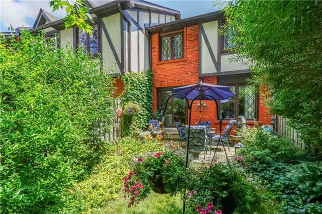 Condo Townhouse at 3360 Council Ring Rd, Unit 30, Mississauga, Ontario. Image 11