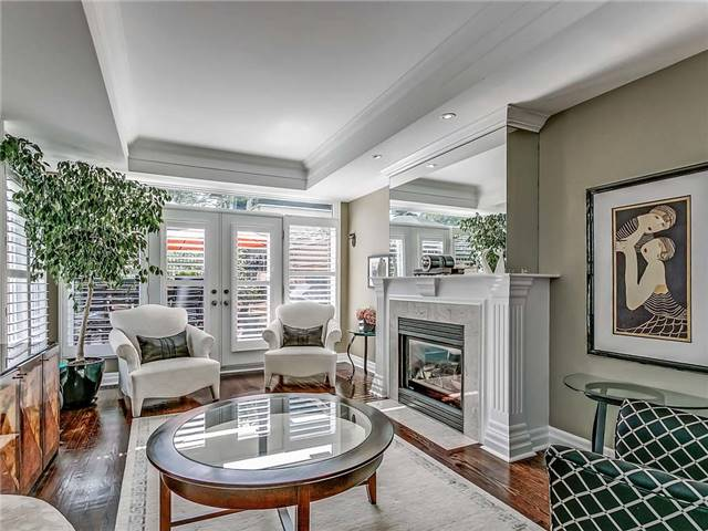 Townhouse at 349 Robinson St, Oakville, Ontario. Image 17