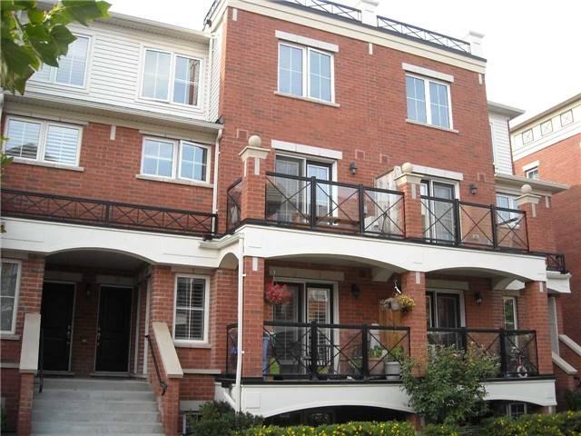 Condo Apartment at 39 Hays Blvd, Unit 9, Oakville, Ontario. Image 1