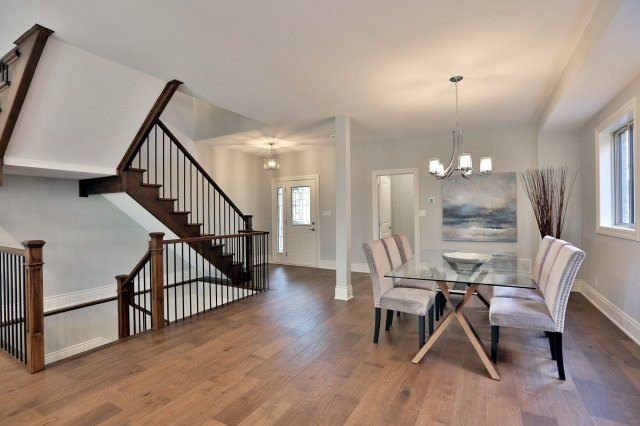 Detached at 4193 Trapper Cres, Mississauga, Ontario. Image 12