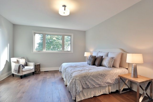 Detached at 4193 Trapper Cres, Mississauga, Ontario. Image 2