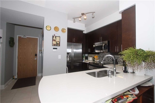 Condo With Common Elements at 1910 Lake Shore Blvd, Unit 1103, Toronto, Ontario. Image 17