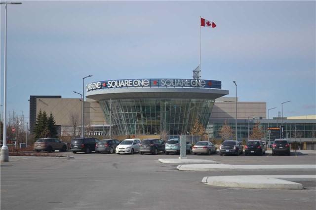 Condo Apartment at 4065 Brickstone Mews, Unit 2406, Mississauga, Ontario. Image 11
