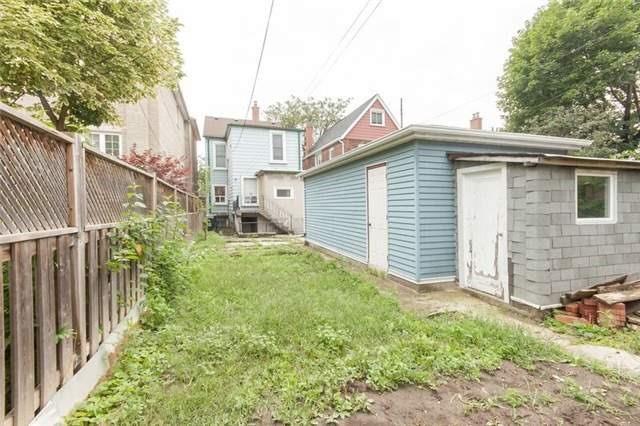 Detached at 114 Auburn Ave, Toronto, Ontario. Image 8