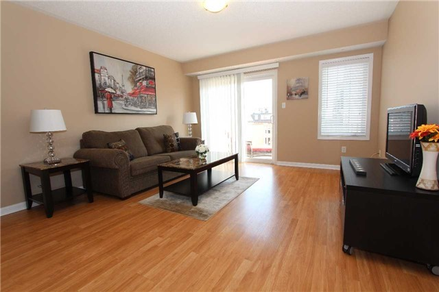 Condo Townhouse at 648 Shoreline Dr, Unit 2, Mississauga, Ontario. Image 12