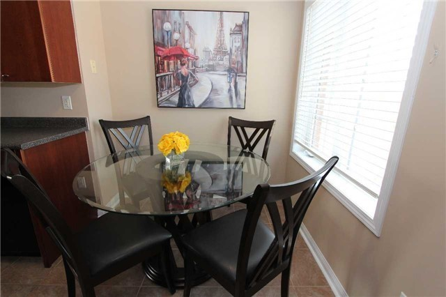 Condo Townhouse at 648 Shoreline Dr, Unit 2, Mississauga, Ontario. Image 15
