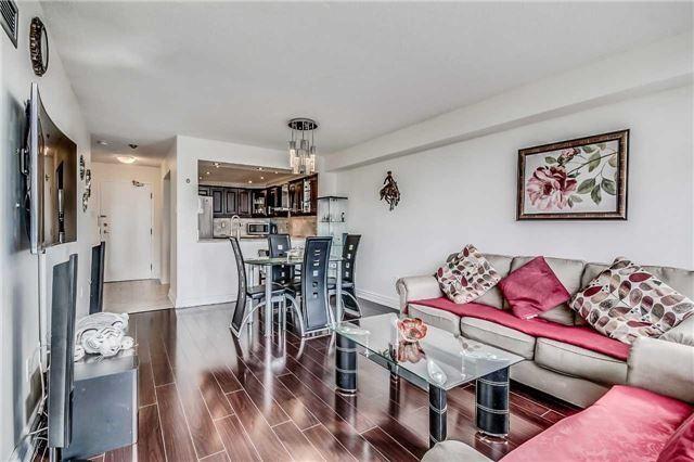 Condo Apartment at 400 Webb Dr, Unit 1206, Mississauga, Ontario. Image 12