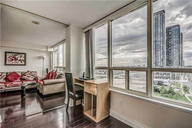 Condo Apartment at 400 Webb Dr, Unit 1206, Mississauga, Ontario. Image 4