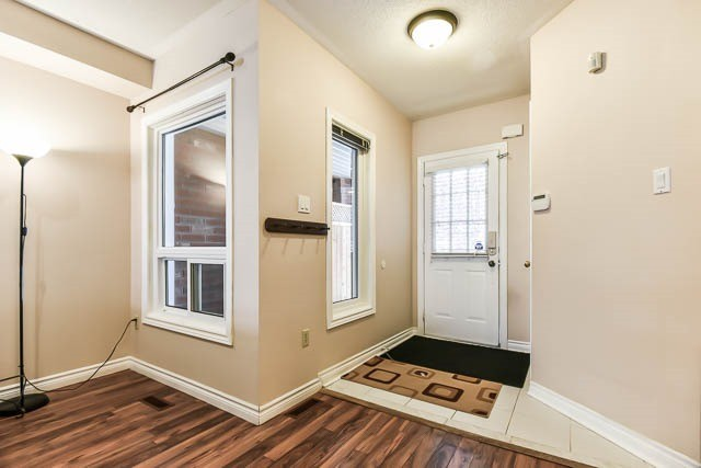Townhouse at 1261 Killaby Dr, Mississauga, Ontario. Image 13