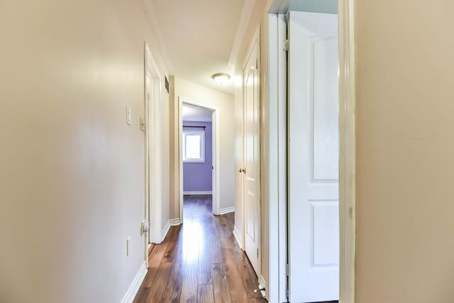 Townhouse at 1261 Killaby Dr, Mississauga, Ontario. Image 5