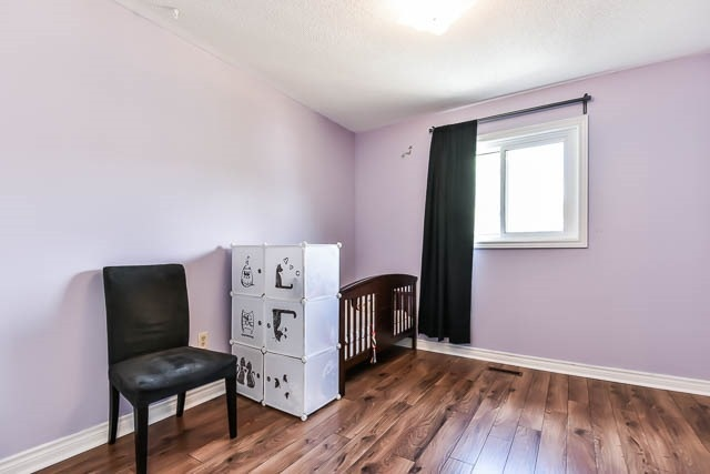 Townhouse at 1261 Killaby Dr, Mississauga, Ontario. Image 8