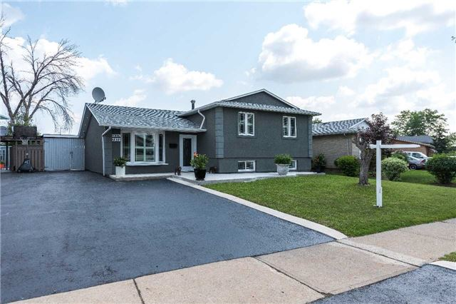 Detached at 7372 Manion Rd, Mississauga, Ontario. Image 1