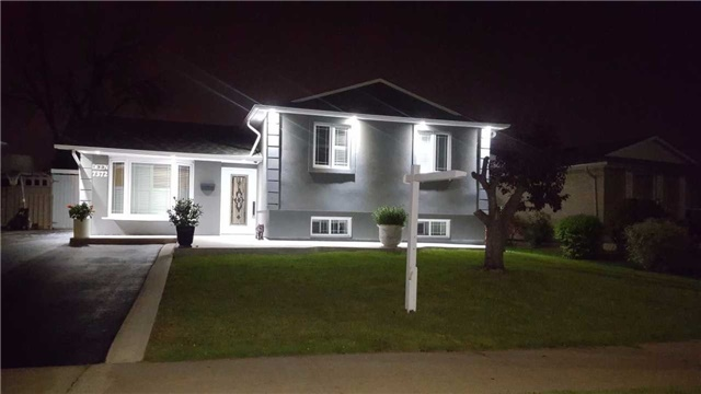 Detached at 7372 Manion Rd, Mississauga, Ontario. Image 10
