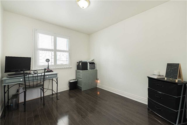 Detached at 7372 Manion Rd, Mississauga, Ontario. Image 2