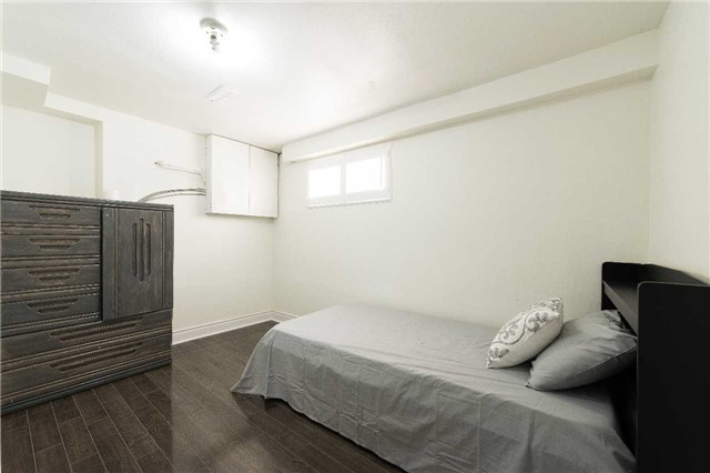Detached at 7372 Manion Rd, Mississauga, Ontario. Image 7