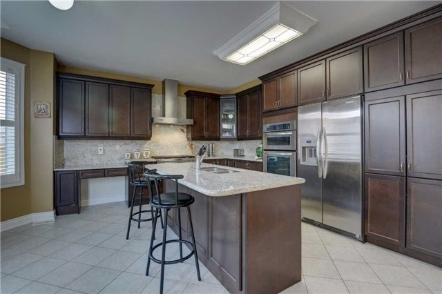 Detached at 131 Don Minaker Dr, Brampton, Ontario. Image 17