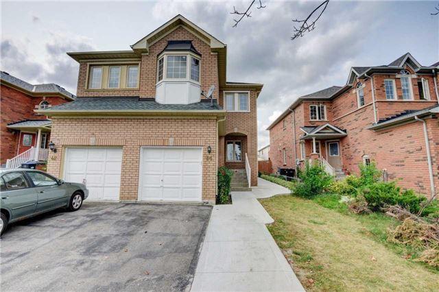 Semi-detached at 44 Oatfield Rd, Brampton, Ontario. Image 1