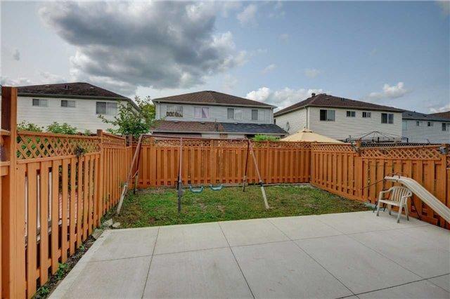 Semi-detached at 44 Oatfield Rd, Brampton, Ontario. Image 7