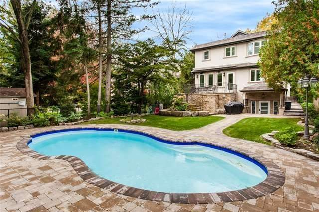 Detached at 1422 Crescent Rd, Mississauga, Ontario. Image 11