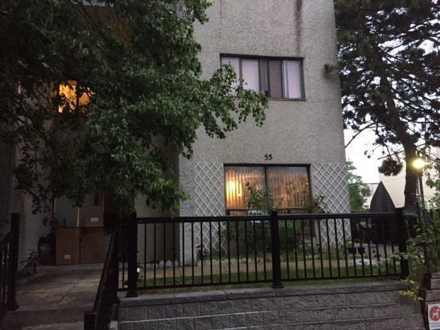 Condo Townhouse at 3050 Constitution Blvd, Unit 55, Mississauga, Ontario. Image 1