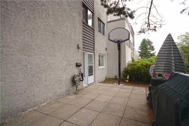 Condo Townhouse at 3050 Constitution Blvd, Unit 55, Mississauga, Ontario. Image 9