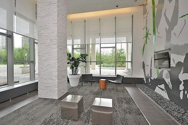 Condo Apartment at 360 Square One Dr, Unit 1706, Mississauga, Ontario. Image 10
