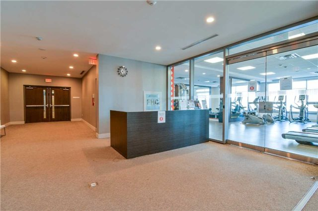 Condo Apartment at 360 Square One Dr, Unit 1706, Mississauga, Ontario. Image 16