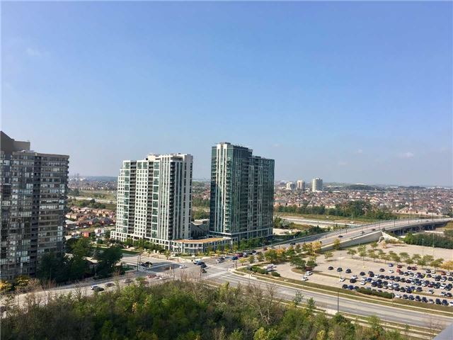 Condo Apartment at 360 Square One Dr, Unit 1706, Mississauga, Ontario. Image 8