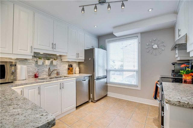 Condo Townhouse at 2445 Homelands Dr, Unit 50, Mississauga, Ontario. Image 18