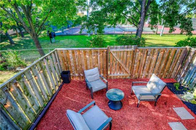 Condo Townhouse at 2445 Homelands Dr, Unit 50, Mississauga, Ontario. Image 11