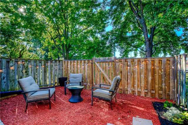 Condo Townhouse at 2445 Homelands Dr, Unit 50, Mississauga, Ontario. Image 13