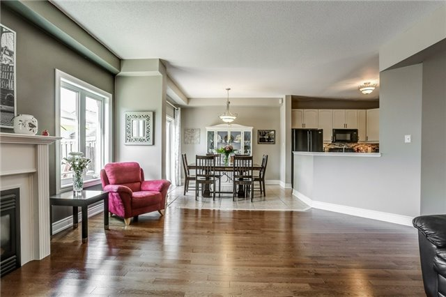 Detached at 1026 Easterbrook Cres, Milton, Ontario. Image 16