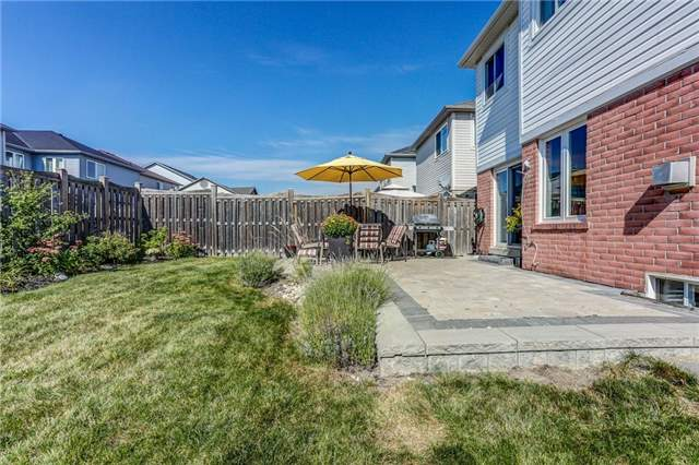 Detached at 1026 Easterbrook Cres, Milton, Ontario. Image 13