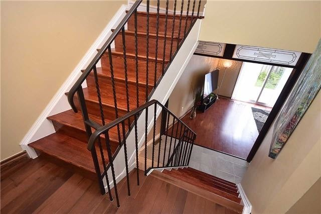 Condo Townhouse at 2075 Asta Dr, Unit 24, Mississauga, Ontario. Image 17