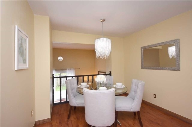 Condo Townhouse at 2075 Asta Dr, Unit 24, Mississauga, Ontario. Image 18