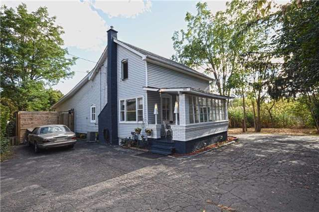 Detached at 362A Queen St S, Mississauga, Ontario. Image 12