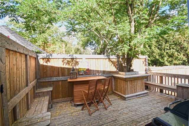 Detached at 362A Queen St S, Mississauga, Ontario. Image 8