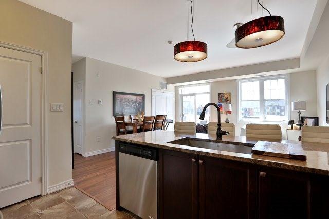 Condo Apartment at 2338 Taunton Rd, Unit 305, Oakville, Ontario. Image 17
