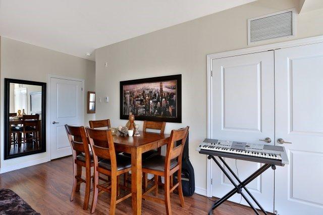 Condo Apartment at 2338 Taunton Rd, Unit 305, Oakville, Ontario. Image 20