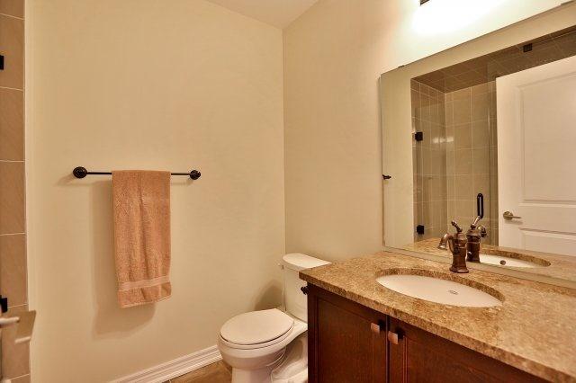 Condo Apartment at 2338 Taunton Rd, Unit 305, Oakville, Ontario. Image 10